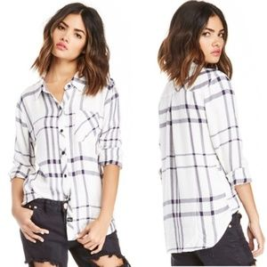 Rails White & Navy Plaid Checkered Long Sleeve Top
